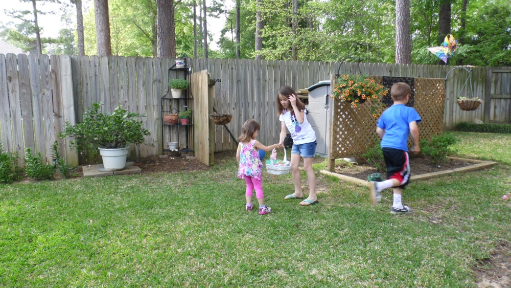 kids egg hunting