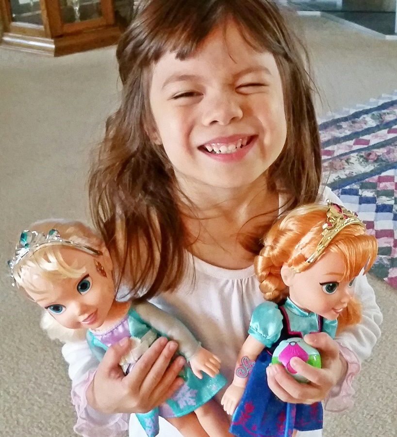 Toddler Frozen dolls - Queen Elsa and Princess Anna