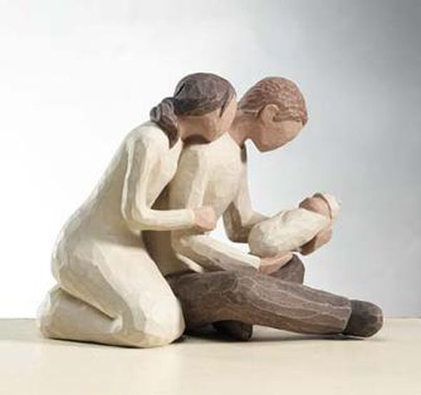 a-family willow tree figurine