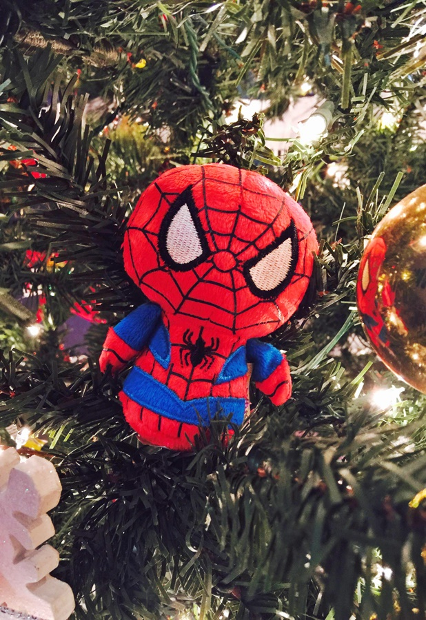 itty bittys® SPIDER-MAN Stuffed Toy
