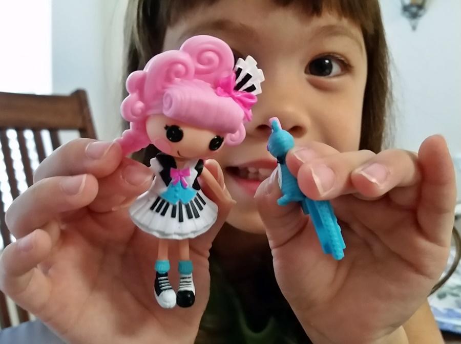 K and her new Mini Lalaloopsy Keys 'N Flats Doll